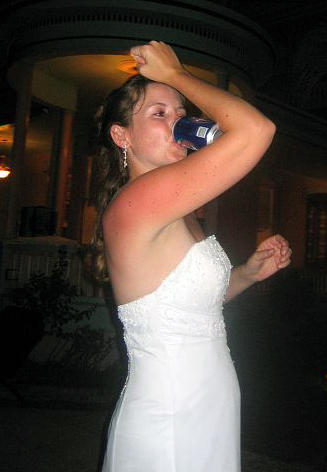 Wedding muscle chug