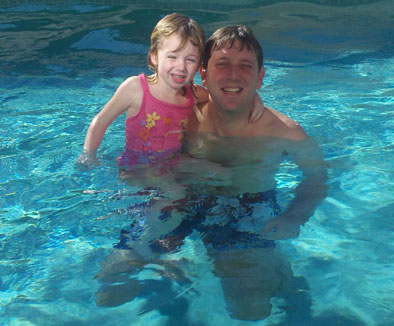 E and DadJovi in the pool