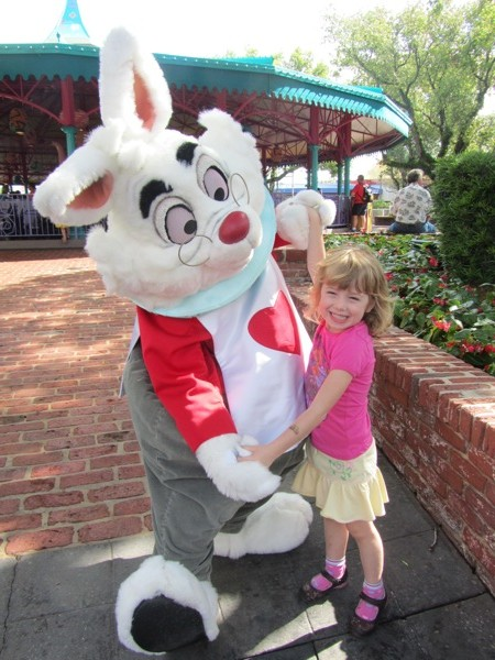 E and the White Rabbit