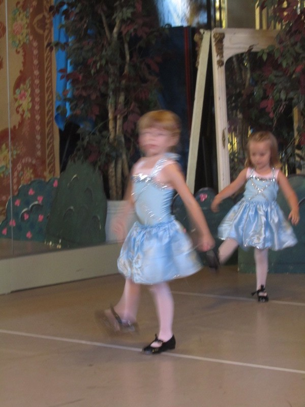 Blurry Ballet
