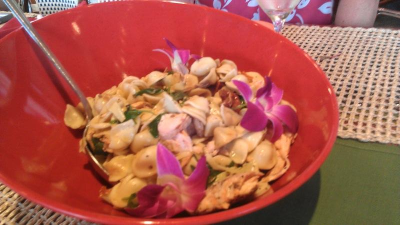 Wyndham Orlando: Salmon Pasta Salad