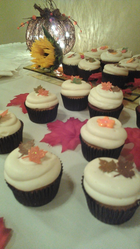 Mom's wedding cupcakes