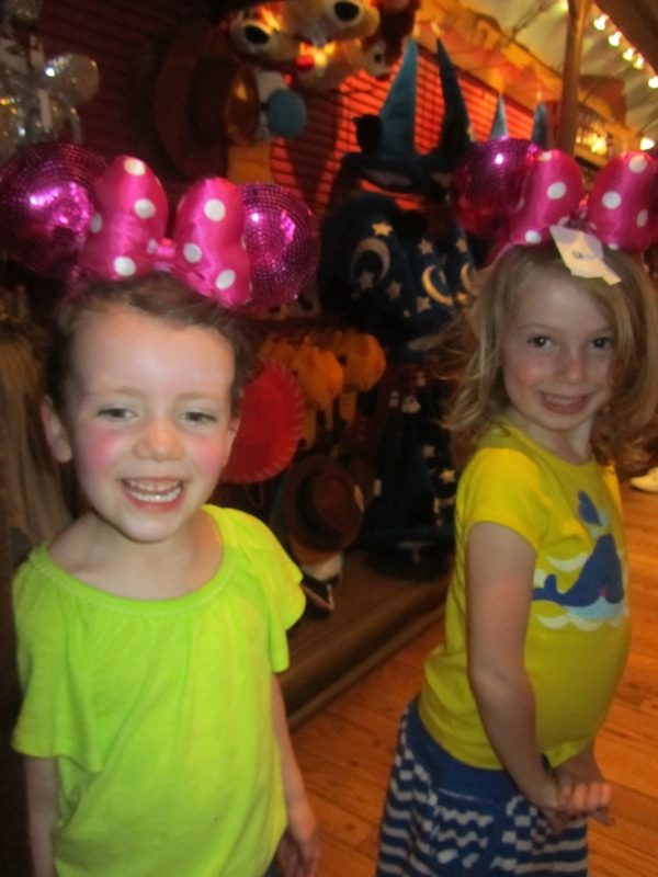 A and E, Minnie ears, Disney