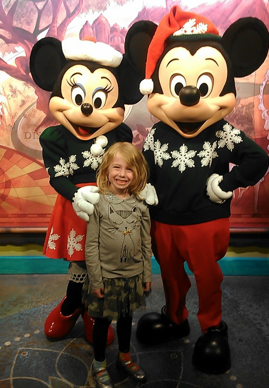 E and Christmas Minnie and Mickey