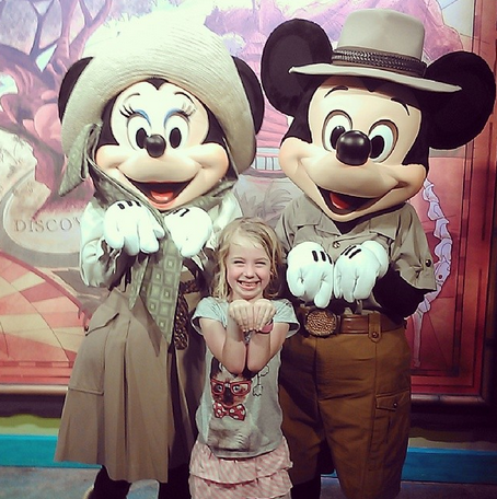 E kittying with Mickey and Minnie